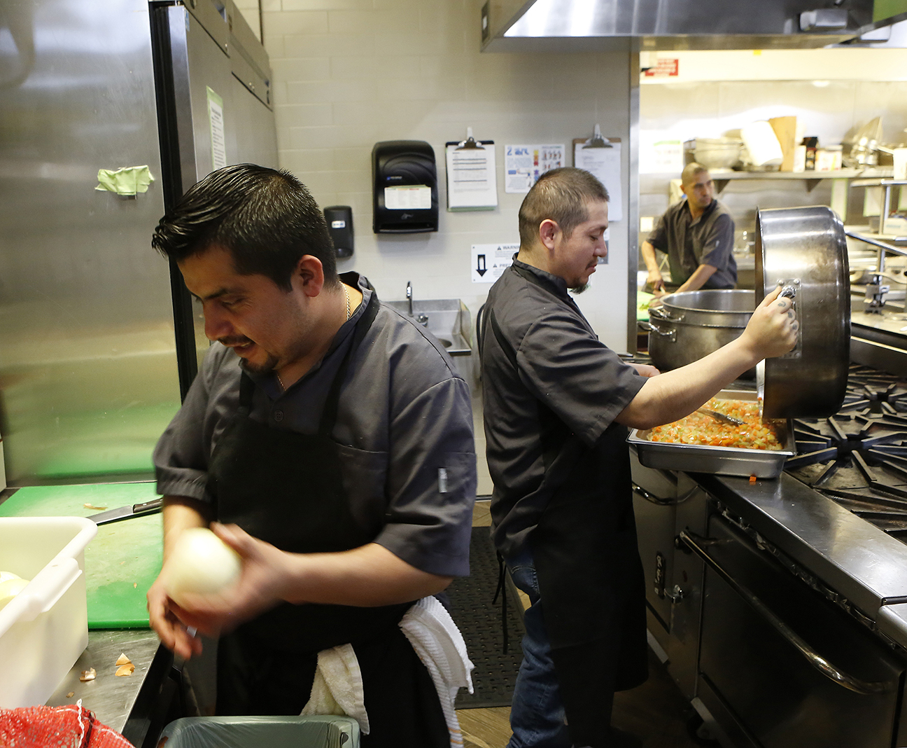 Restaurant-Workers-033018-2a