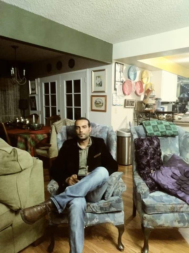 Abdel-in-their-Granada-Ave.-home.