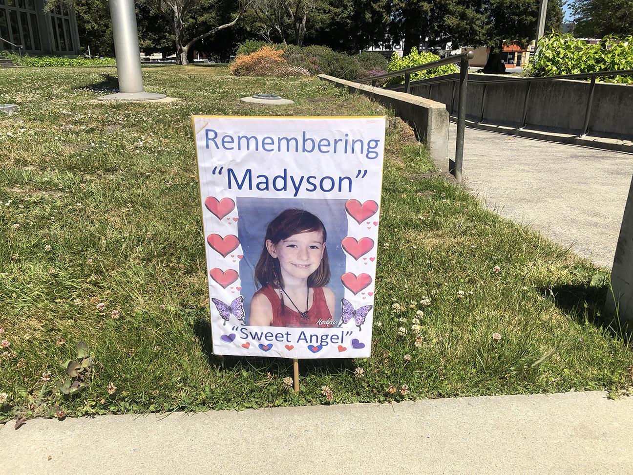 MaddySign