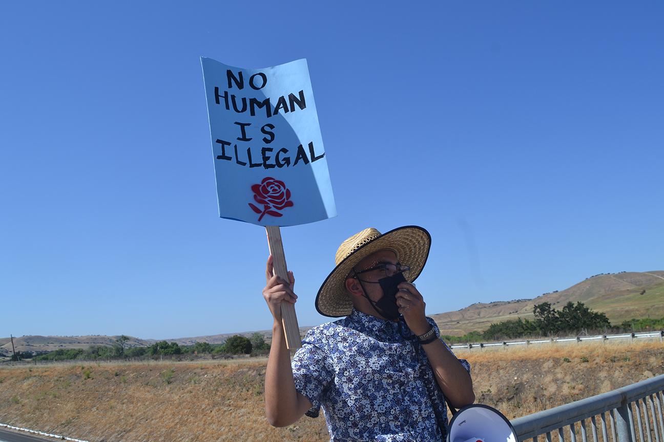 migrant.no-human-sign